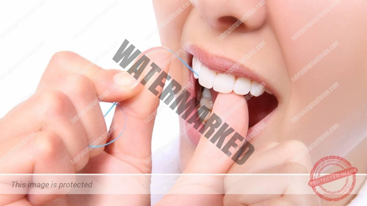 16 2 - پیشگیری از بیماری های لثه با نخ دندان