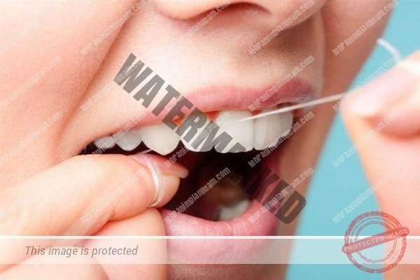 نخ دندان و بیماری لثه