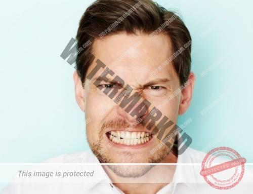 خطرات دندان قروچه یا براکسیسم برای دندان ها و ایمپلنت ها